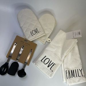 Rae dunn oven mitts utensils towels